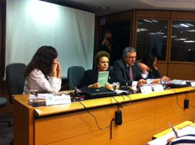 Reunião do CNS promove debate sobre a Violência contra a Mulher