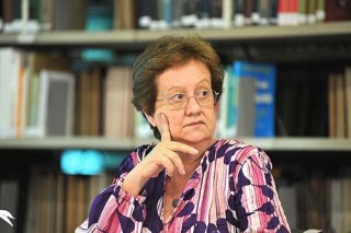 Solidariedade à professora Amélia Cohn