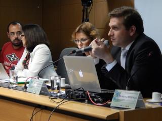 CNS debate novas diretrizes curriculares do curso de medicina