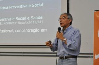 O que fizeram com a saúde dos brasileiros? Entrevista com Jairnilson Paim