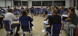 "Cebes-DF realiza debate sobre ""cobertura universal X sistemas universais de saúde"""