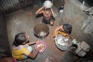 O que o mundo está fazendo para acabar com a pobreza?