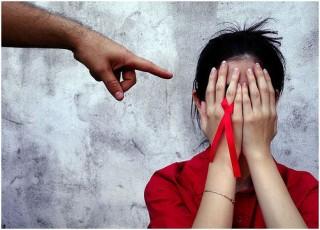 Prevenção em aids no Brasil: depois do terror, a trapaça