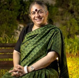 Inimiga nº1 dos transgênicos, física indiana denuncia ditadura da indústria alimentícia