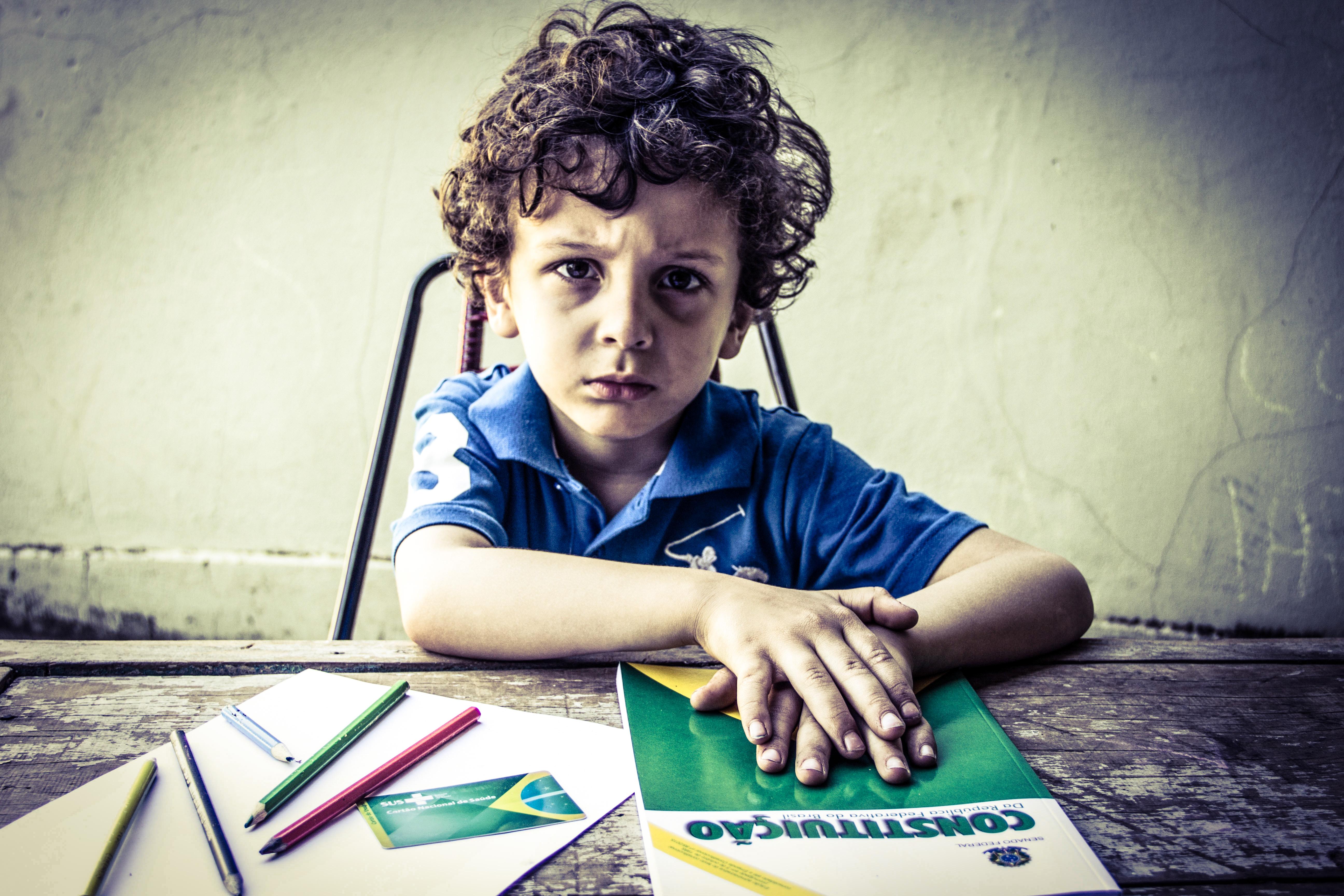 Financiamento dos direitos à saúde e à educação: mínimos inegociáveis