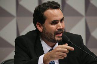 Orçamento do SUS em 2020 poderá ficar mais de R$ 30 bi abaixo do mínimo obrigatório, por Bruno Moretti