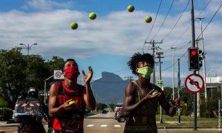 """OXFAM Brasil divulga relatório """"Quem Paga a Conta? – Taxar a Riqueza para Enfrentar a Crise da Covid na América Latina e Caribe"""""""